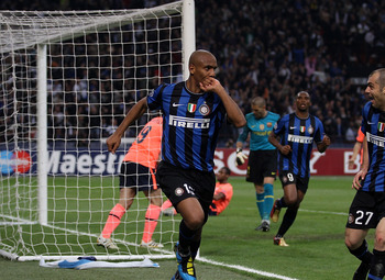 Maicon scores against el Farça in the Champions