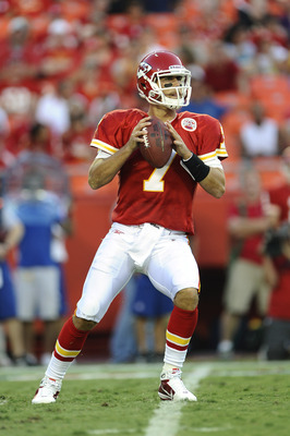 KANSAS CITY, MO - AUGUST 27: Matt Cassel #7 of the Kansas City Chiefs drops back to pass during a preseason game against the Philadelphia Eagles at Arrowhead Stadium on August 27, 2010 in Kansas City, Missouri.  (Photo by G. Newman Lowrance/Getty Images)