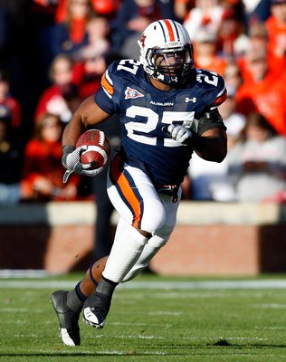 AUBURN, AL - NOVEMBER 27:  Mario Fannin #27 of the Auburn Tigers against the Alabama Crimson Tide at Jordan-Hare Stadium on November 27, 2009 in Auburn, Alabama.  (Photo by Kevin C. Cox/Getty Images)
