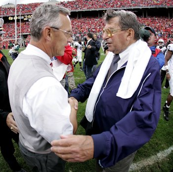 COLUMBUS, OH - SEPTEMBER 23:  Jim Tressel head coach of the Ohio State Buckeyes shakes hands after a 28-6 victory with Joe Paterno, head coach of the Penn State Nittany Lions, on September 23, 2006 at Ohio Stadium in Columbus, Ohio. (Photo by Gregory Sham