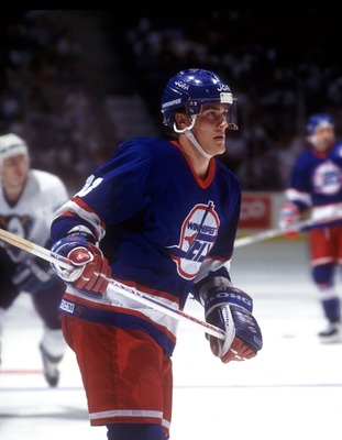 WINNIPEG JETS FORWARD TEEMU SELANNE IN ACTION AGAINST THE MIGHTY DUCKS. Mandatory Credit: J.D. Cuban/ALLSPORT