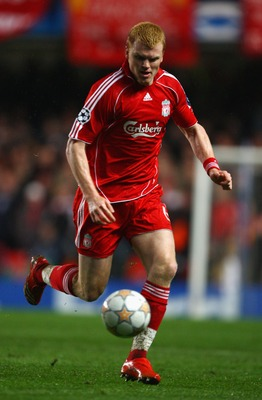 LONDON - APRIL 30:  John Arne Riise of Liverpool in action during the UEFA Champions League Semi Final 2nd leg match between Chelsea and Liverpool at Stamford Bridge on April 30, 2008 in London, England.  (Photo by Mike Hewitt/Getty Images)