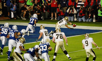MIAMI GARDENS, FL - FEBRUARY 07: Lance Moore #16 of the New Orleans Saints catches a pass for a two point conversion in the fourth quarter against the Indianapolis Colts during Super Bowl XLIV on February 7, 2010 at Sun Life Stadium in Miami Gardens, Flor