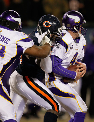 Bryant McKinnie must do a better job in 2010 to keep defenders off Brett Favre.