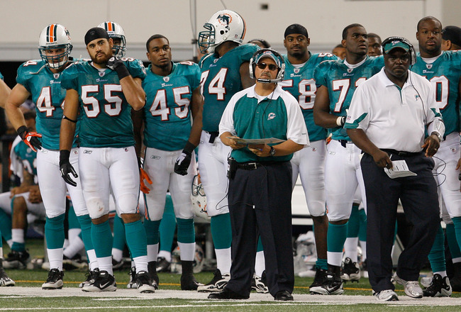 ARLINGTON, TX - SEPTEMBER 02: Miami Dophins head coach Tony Sparano leads his team against the Dallas Cowboys at Cowboys Stadium on September 2, 2010 in Arlington, Texas. (Photo by Tom Pennington/Getty Images)