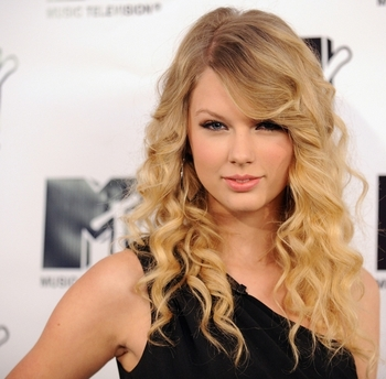 Taylor-swift_display_image