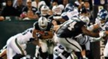 090210_raidersvsseahawks22--nfl_thumb_145_80_display_image