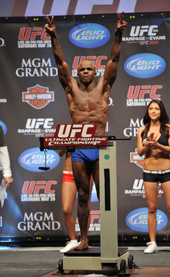 LAS VEGAS - MAY 28:  UFC fighter Melvin Guillard weighs in for his fight against UFC fighter Waylon Lowe at UFC 114: Rampage versus Rashad at the Mandalay Bay Hotel on May 28, 2010 in Las Vegas, Nevada.  (Photo by Jon Kopaloff/Getty Images)