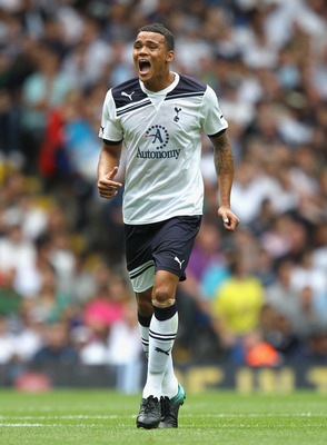 LONDON, ENGLAND - AUGUST 07:  Jermaine Jenas of Tottenham Hotspur in action during the pre-season friendly match between Tottenham Hotspur and Fiorentina at White Hart Lane on August 7, 2010 in London, England.  (Photo by Paul Gilham/Getty Images)