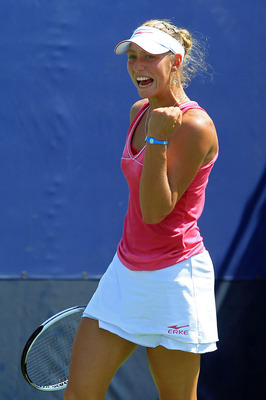 NEW YORK - SEPTEMBER 02:  Yanina Wickmayer of Belguim reacts after a point against Julia Goerges of Germany during her women's singles match on day four of the 2010 U.S. Open at the USTA Billie Jean King National Tennis Center on September 2, 2010 in the 