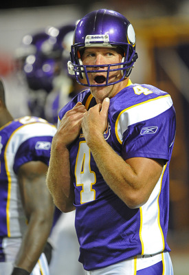 MINNEAPOLIS - SEPTEMBER 02:  Brett Favre #4 of the Minnesota Vikings yawns during warmups prior to an NFL preseason game against the Denver Broncos at the Mall of America Field at Hubert H. Humphrey Metrodome, on September 2, 2010 in Minneapolis, Minnesot