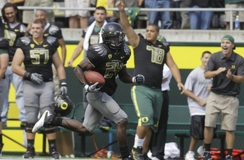 Kenjon Barner torched New Mexico for 147 yards and four touchdowns