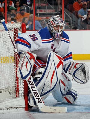 PHILADELPHIA - APRIL 11:  Henrik Lundqvist #30 of the New York Rangers defends against the Philadelphia Flyers on April 11, 2010 at Wachovia Center in Philadelphia, Pennsylvania.  (Photo by Jim McIsaac/Getty Images)