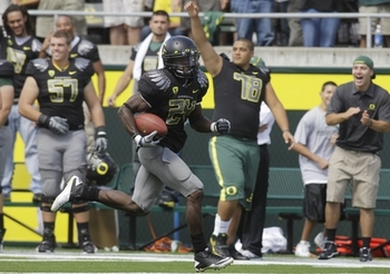 Kenjon Barner had five touchdowns in one half of play