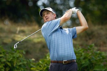 PARAMUS, NJ - AUGUST 26:  David Toms watches his tee shot on the eighth hole during the first round of The Barclays at the Ridgewood Country Club on August 26, 2010 in Paramus, New Jersey.  (Photo by Scott Halleran/Getty Images)