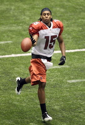 FLAGSTAFF, AZ - AUGUST 01:  Wide receiver Steve Breaston #15 of the Arizona Cardinals practices in training camp at Northern Arizona University Walkup Skydome on August 1, 2010 in Flagstaff, Arizona.  (Photo by Christian Petersen/Getty Images)
