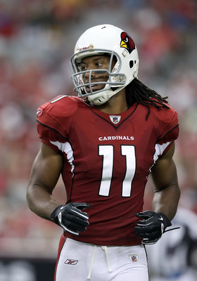 GLENDALE, AZ - AUGUST 14:  Wide receiver Larry Fitzgerald #11 of the Arizona Cardinals during preseason NFL game against the Houston Texans at the University of Phoenix Stadium on August 14, 2010 in Glendale, Arizona.  The Cardinals defeated the Texans 19