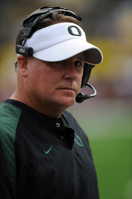 EUGENE, OR - SEPTEMBER 04: Head coach Chip Kelly of the Oregon Ducks paces the sidelines in the third quarter of the game against the New Mexico Lobos at Autzen Stadium on September 4, 2010 in Eugene, Oregon. Oregon won the game 72-0.  (Photo by Steve Dyk
