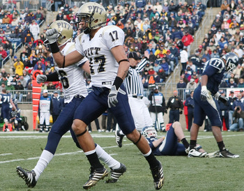 EAST HARTFORD, CT - DECEMBER 06:  Aaron Berry #17 of the Pittsburgh Panthers celebrates after they blocked a punt by the Connecticut Huskies in the first half on December 6, 2008 at Rentschler Field in East Hartford, Connecticut.  (Photo by Elsa/Getty Ima