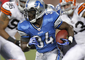 DETROIT - AUGUST 28: Kevin Smith #34 of the Detroit Lions looks for running room while playing the Cleveland Browns during a preseason game on August 28, 2010 at Ford Field in Detroit, Michigan. (Photo by Gregory Shamus/Getty Images)