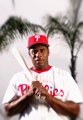 CLEARWATER, FL - FEBRUARY 24:  Jose Offerman #33 of the Philadelphia Phillies poses for a portrait during Phillies Photo Day at Bright House Networks Field on February 24, 2005 in Clearwater, Florida. (Photo by Ezra Shaw/Getty Images)