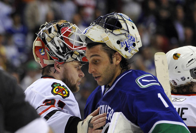 VANCOUVER, CANADA - MAY 11:  Goalie Roberto Luongo #1 of the Vancouver Canucks and goalie Antti Niemi #31 of the Chicago Blackhawks shake hands after the Blackhawks defeated the Canucks 5-1 to win Game Six of the Western Conference Semifinals to win the s