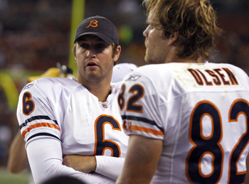 CLEVELAND - SEPTEMBER 2: Jay Cutler #6 talks with Greg Olsen #82 of the Chicago Bears against the Cleveland Browns during the preseason game on September 2, 2010 at Cleveland Browns Stadium in Cleveland, Ohio. The Browns defeated the Bears 13-10. (Photo b