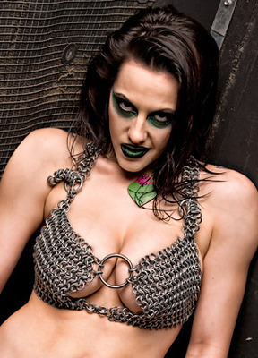 Daffney-wrestling-2_display_image_display_image