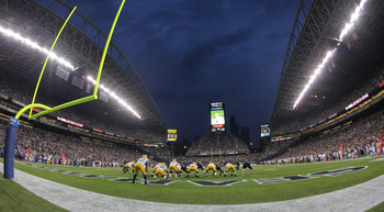 SEATTLE - AUGUST 21:  The Green Bay Packers line up at the one yard line during the preseason game against the Seattle Seahawks at Qwest Field on August 21, 2010 in Seattle, Washington. (Photo by Otto Greule Jr/Getty Images)