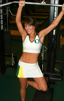 58oregon-ducks-cheerleaders-12_display_image