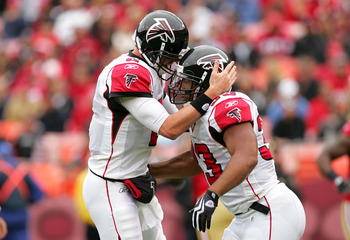 SAN FRANCISCO - OCTOBER 11:  Michael Turner #33 of the Atlanta Falcons is congratulated by Matt Ryan #2 after Turner scored a touchdown against the San Francisco 49ers at Candlestick Park on October 11, 2009 in San Francisco, California.  (Photo by Ezra S