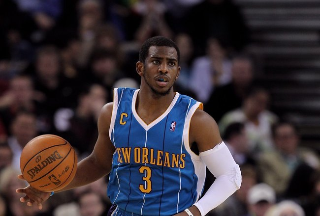 OAKLAND, CA - JANUARY 27:  Chris Paul #3 of the New Orleans Hornets in action during their game against the Golden State Warriors at Oracle Arena on January 27, 2010 in Oakland, California.  NOTE TO USER: User expressly acknowledges and agrees that, by do