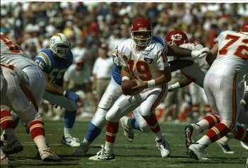 9 Oct 1994:  Quarterback Joe Montana of the Kansas City Chiefs looks to pass the ball during a game against the San Diego Chargers at Jack Murphy Stadium in San Diego, California.  The Chargers won the game, 20-6. Mandatory Credit: Stephen Dunn  /Allsport
