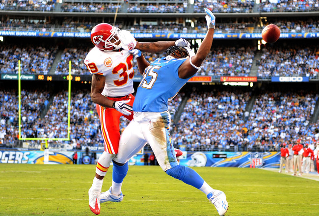 SAN DIEGO - NOVEMBER 29:  Antonio Gates #85 of the San Diego Chargers misses a catch as he is hit by Brandon Carr #39 of the Kansas City Chiefs who was called for pass interference during the fourth quarter at Qualcomm Stadium on November 29, 2009 in San