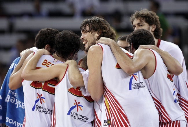 MADRID, SPAIN - SEPTEMBER 11:  Marc Gasol (C) of Spain celebrates with his teammates at the end of the  FIBA Eurobasket 2007 qualifying round group E match between Spain and Israel at the Telefonica Arena on September 11, 2007 in Madrid, Spain.  (Photo by