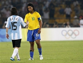 Messi-amp-ronaldinho_70044_display_image