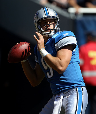 CHICAGO - SEPTEMBER 12: Matthew Stafford #9 of the Detroit Lions looks for receiver against the Chicago Bears during the NFL season opening game at Soldier Field on September 12, 2010 in Chicago, Illinois. The Bears defeated the Lions 19-14. (Photo by Jon