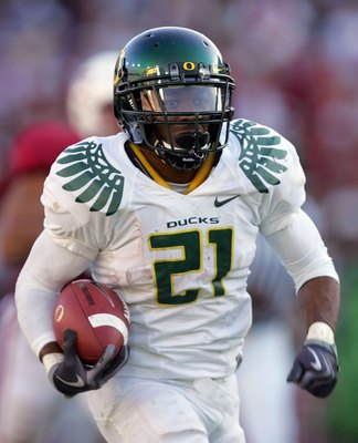 PALO ALTO, CA - NOVEMBER 07:  LaMichael James #21 of the Oregon Ducks in action during their game against the Stanford Cardinal at Stanford Stadium on November 7, 2009 in Palo Alto, California.  (Photo by Ezra Shaw/Getty Images)