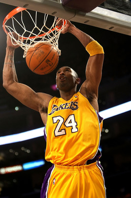 LOS ANGELES, CA - MAY 19:  Kobe Bryant #24 of the Los Angeles Lakers dunks the ball in the third quarter against the Denver Nuggets in Game One of the Western Conference Finals during the 2009 NBA Playoffs at Staples Center on May 19, 2009 in Los Angeles,