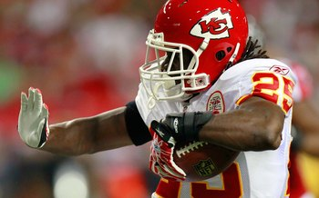 ATLANTA - AUGUST 13:  Jamaal Charles #25 of the Kansas City Chiefs against the Atlanta Falcons at Georgia Dome on August 13, 2010 in Atlanta, Georgia.  (Photo by Kevin C. Cox/Getty Images)