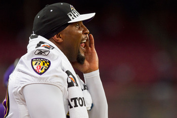 ST. LOUIS - SEPTEMBER 2: Ray Lewis #52 of the Baltimore Ravens yells to his teammates against the St. Louis Rams during an NFL preseason game at the Edward Jones Dome on September 2, 2010 in St. Louis, Missouri.  The Rams beat the Ravens 27-21.  (Photo by