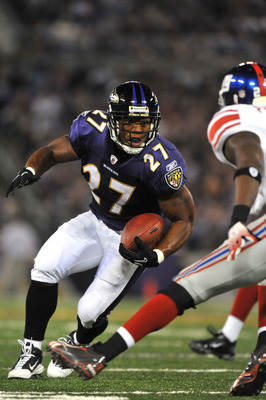 BALTIMORE - AUGUST 28:  Ray Rice #27 of the Baltimore Ravens runs the ball against the New York Giants at M&T Bank Stadium on August 28, 2010 in Baltimore, Maryland. The Ravens lead the Giants 17-3. (Photo by Larry French/Getty Images)