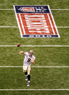 NEW ORLEANS - SEPTEMBER 09:  Drew Brees #9 of the New Orleans Saints throws a pass during warm ups against the Minnesota Vikings at Louisiana Superdome on September 9, 2010 in New Orleans, Louisiana.  (Photo by Chris Graythen/Getty Images)