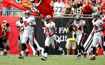 TAMPA, FL - SEPTEMBER 12:  Receiver Michael Spurlock #81 of the Tampa Bay Buccaneers recognizes the crowd after his touchdown catch against the Cleveland Browns during the game at Raymond James Stadium on September 12, 2010 in Tampa, Florida.  (Photo by J