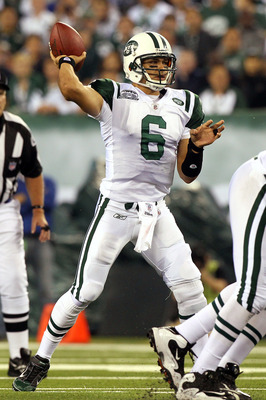 EAST RUTHERFORD, NJ - SEPTEMBER 13:  Mark Sanchez #6 of the New York Jets throws against the Baltimore Ravens during their home opener at the New Meadowlands Stadium on September 13, 2010 in East Rutherford, New Jersey.  (Photo by Jim McIsaac/Getty Images