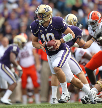 SEATTLE - SEPTEMBER 11:  Quarterback Jake Locker #10 of the Washington Huskies drops back against the Syracuse Orange on September 11, 2010 at Husky Stadium in Seattle, Washington. (Photo by Otto Greule Jr/Getty Images)