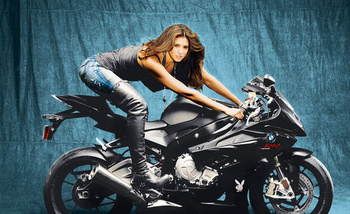 500x_pmoy_2010_motorcycle_display_image
