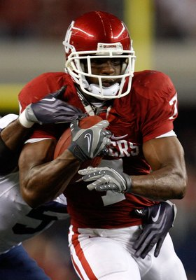 ARLINGTON, TX - SEPTEMBER 05:  Running back DeMarco Murray #7 of the Oklahoma Sooners at Cowboys Stadium on September 5, 2009 in Arlington, Texas.  (Photo by Ronald Martinez/Getty Images)