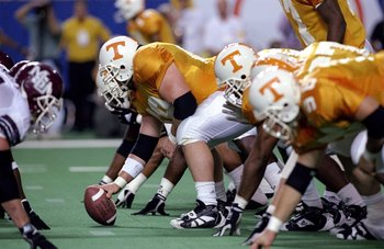 5 Dec 1998: General view of the offense for the Tennessse Volunteers in action during the SEC Championships against the Mississippi State Bulldogs at the Georgia Dome in Athens, Georgia. Tennessee defeated Mississippi St. 24-14.