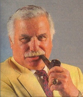Howardschnellenberger_display_image